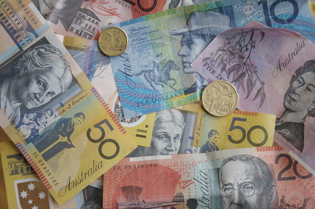 Australian Bills and Dollar Coins